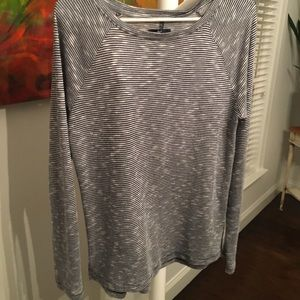 Gap small long sleeve tee shirt